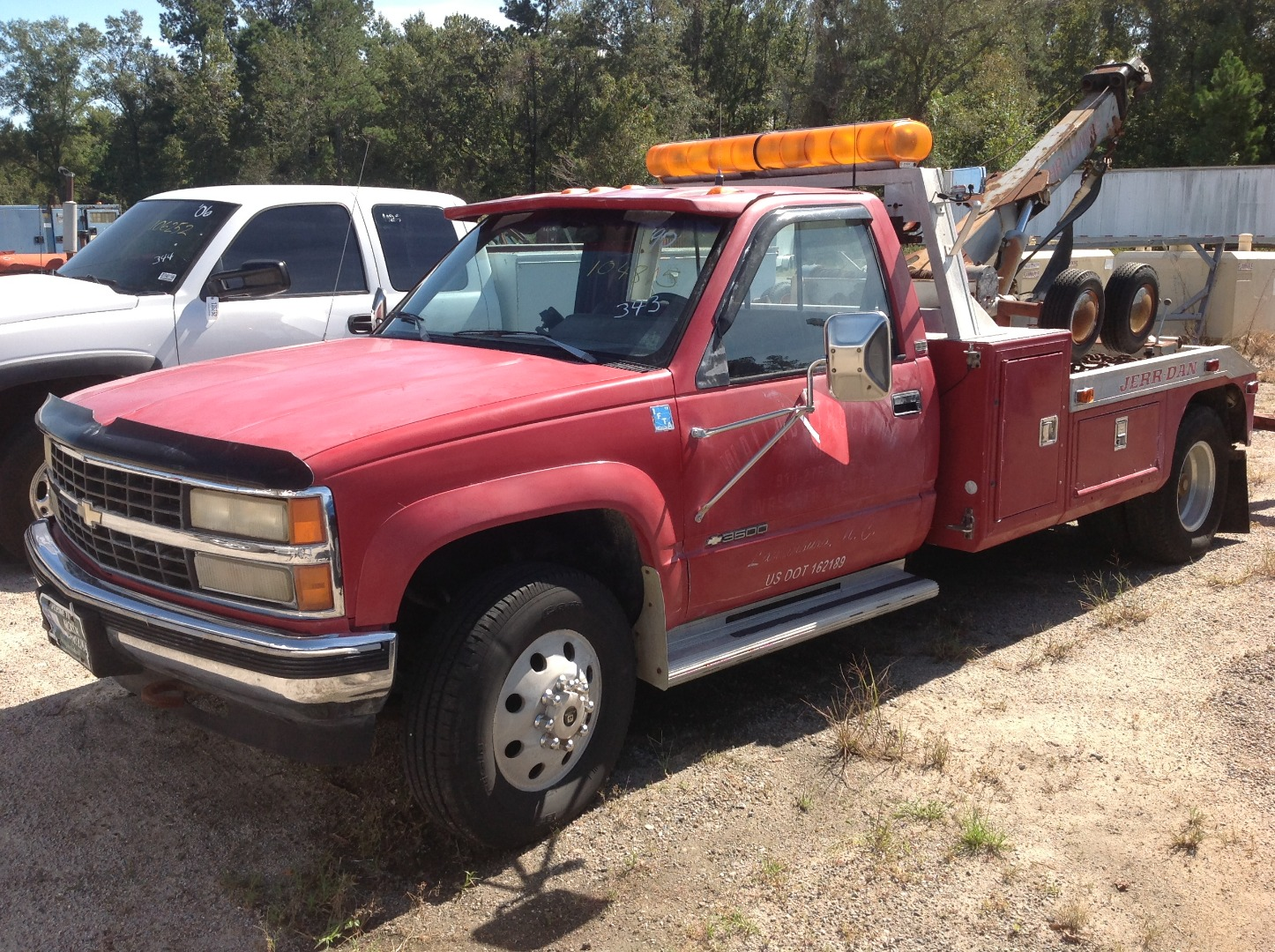 Immediate Sale Equipment Details World Net Auctions Live 2000 Ford F450 Fuel Tank 3500 Tow Truck